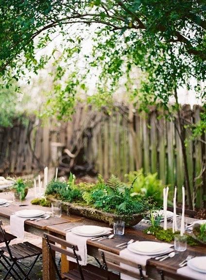 image from http://gardenrooms.typepad.com/.a/6a00e008cbe8b5883401a51173378f970c-pi