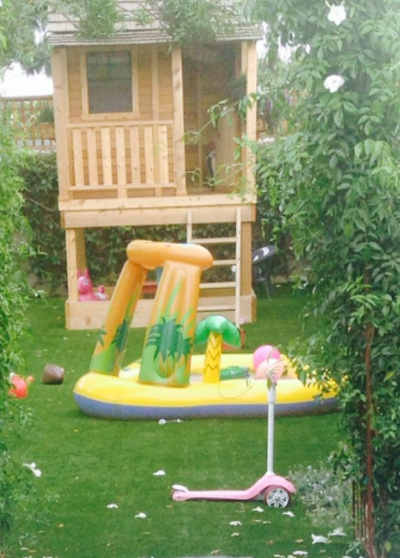 image from http://gardenrooms.typepad.com/.a/6a00e008cbe8b5883401a3fd145c71970b-pi