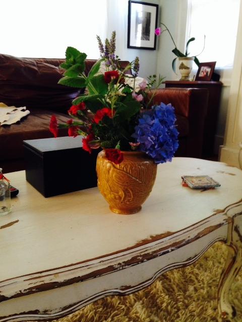image from http://gardenrooms.typepad.com/.a/6a00e008cbe8b5883401a73ddc5b7c970d-pi