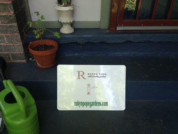 image from http://gardenrooms.typepad.com/.a/6a00e008cbe8b5883401a511cac342970c-pi