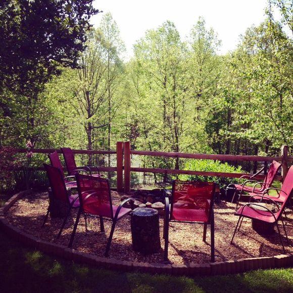 image from http://gardenrooms.typepad.com/.a/6a00e008cbe8b5883401b7c7840a3a970b-pi