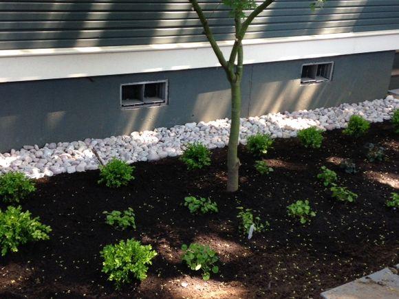 image from http://gardenrooms.typepad.com/.a/6a00e008cbe8b5883401bb082d7cb6970d-pi