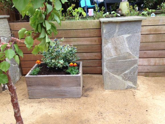image from http://gardenrooms.typepad.com/.a/6a00e008cbe8b5883401b8d118fd5f970c-pi