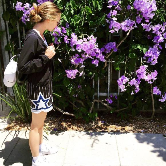 image from http://gardenrooms.typepad.com/.a/6a00e008cbe8b5883401bb0932304a970d-pi