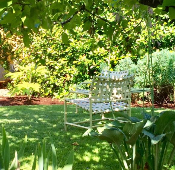 image from http://gardenrooms.typepad.com/.a/6a00e008cbe8b5883401b8d2950bc5970c-pi