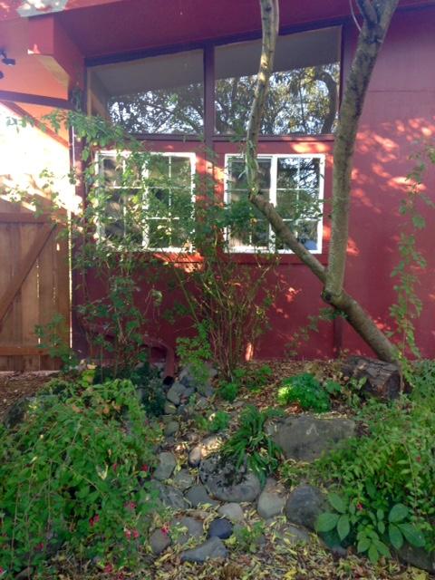 image from http://gardenrooms.typepad.com/.a/6a00e008cbe8b5883401bb079530e9970d-pi