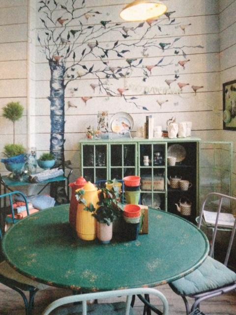 image from http://gardenrooms.typepad.com/.a/6a00e008cbe8b5883401b8d07e05f4970c-pi