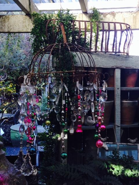 image from http://gardenrooms.typepad.com/.a/6a00e008cbe8b5883401b7c7f4c2dc970b-pi