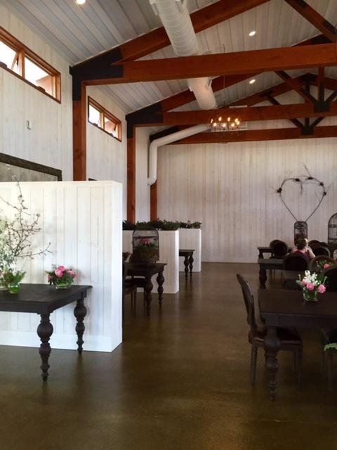 image from http://gardenrooms.typepad.com/.a/6a00e008cbe8b5883401bb08bd3cab970d-pi