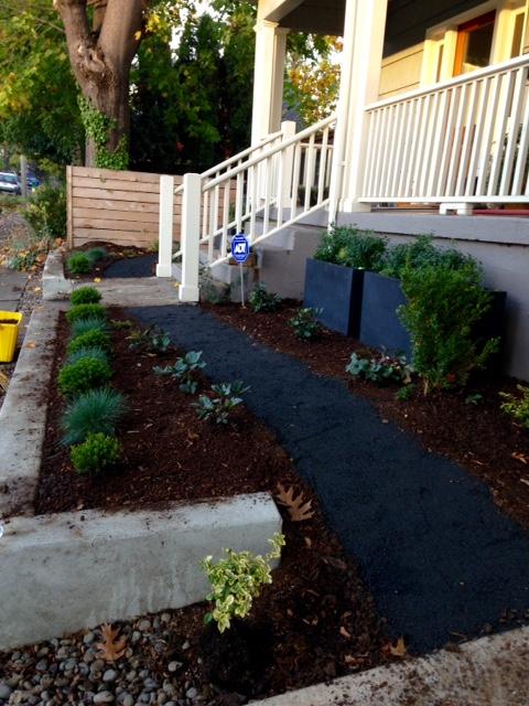 image from http://gardenrooms.typepad.com/.a/6a00e008cbe8b5883401b8d1833291970c-pi