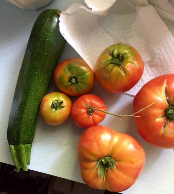 image from http://gardenrooms.typepad.com/.a/6a00e008cbe8b58834022ad38b20c6200d-pi